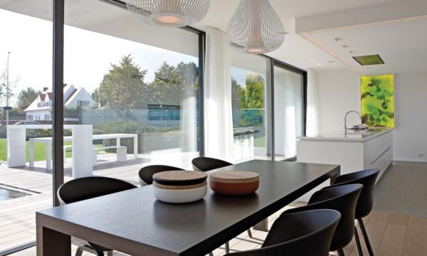 Stylish modern kitchen diner — Ultraglide
